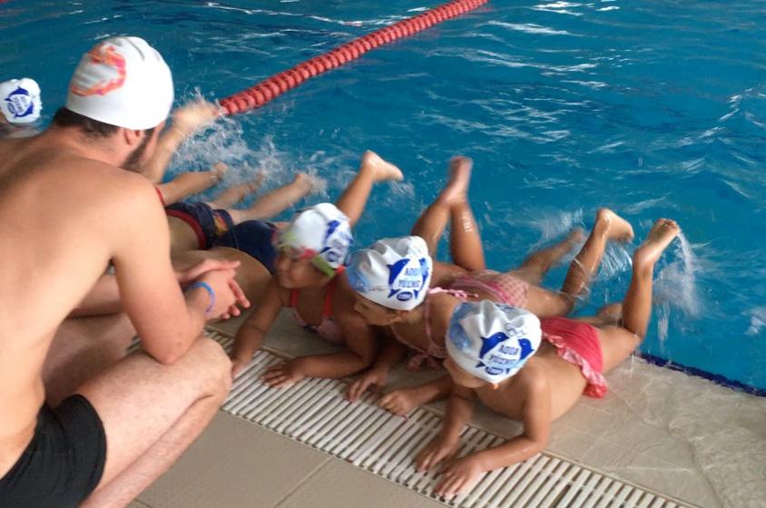Çocuklar için Yüzme Kursu