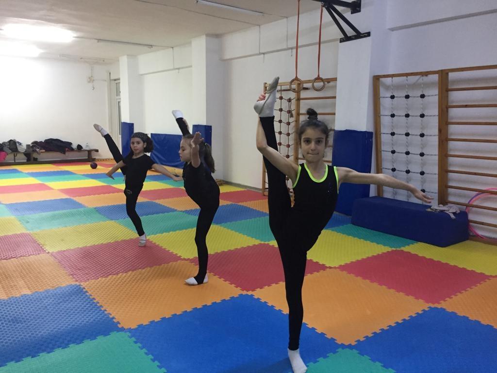 Jimnastik kursuna gitmek için 4 nede