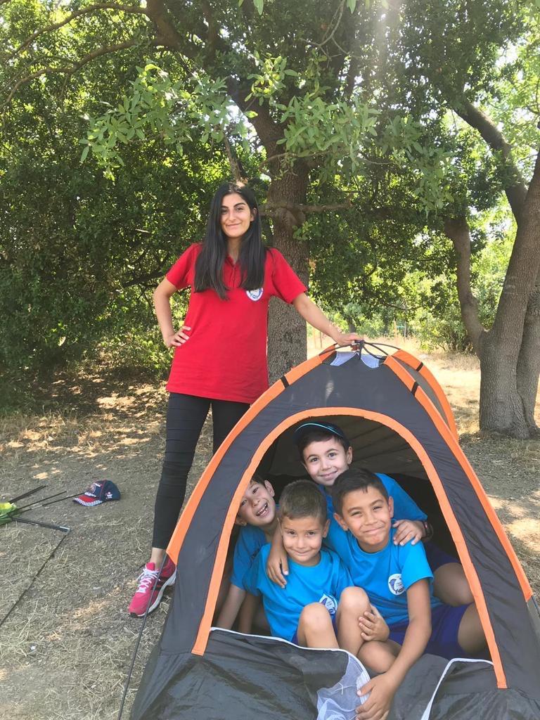 Çocuklar yaz okulu sayesinde akranları ile sosyalleşirler